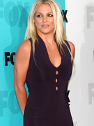 Britney Spears Makes Outfit Change for Second &quot;X Factor&quot; Appearance