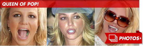 0515_britney_spears_gum_footer