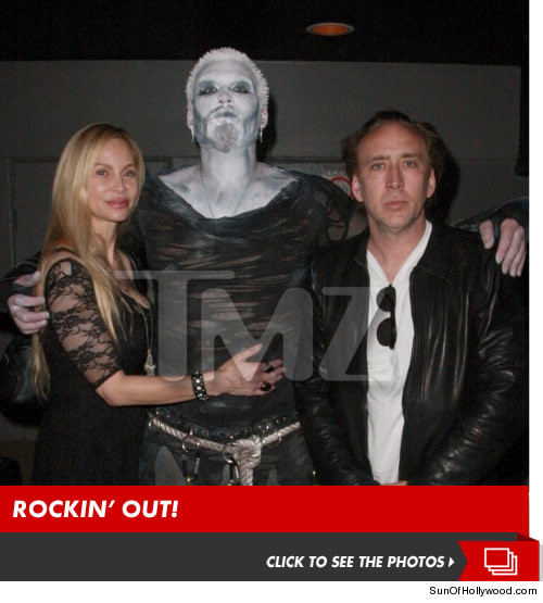 0515_nic_cage_family_photo_launch