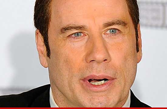 0517_john_travolta_02