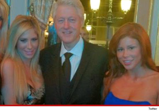 0523_bill_clinton_avn_stars_2