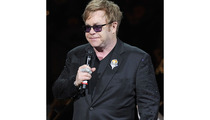 Ailing Elton John Cancels Shows in Las Vegas
