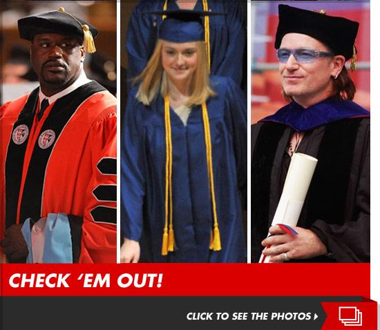 0525_graduates_footer