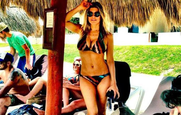 Fergie Flaunts Toned Body in Bikini