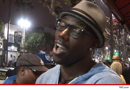 0529_terrell_owens_tmz