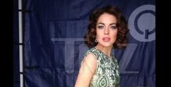 Lindsay Lohan -- Don't I Look Like Liz Taylor? [PHOTO]