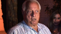 Tommy Lasorda Restaurant -- We Didn't Give Him a Heart Attack!!!