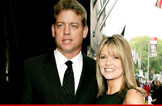 0608_troy_aikman_rhonda_getty