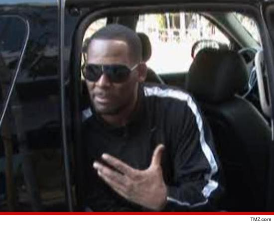 0611_rkelly_tmz