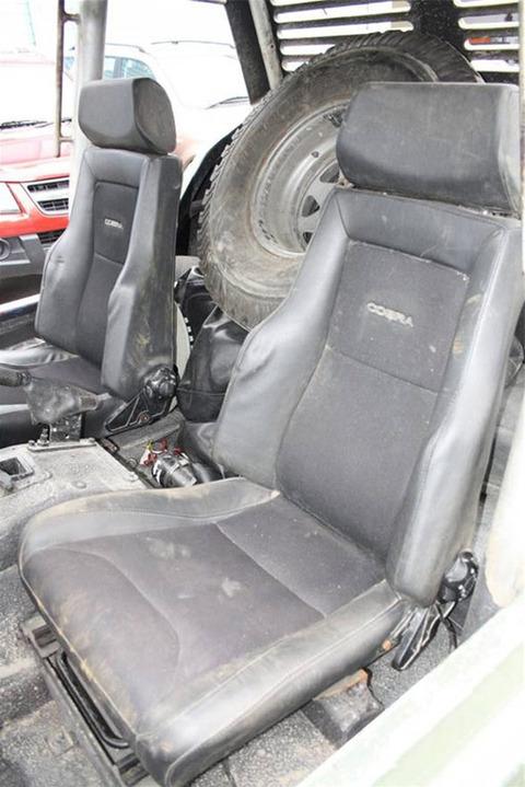 'Terra Nova' -- Anyone Wanna Buy Our Crappy Vehicles ...