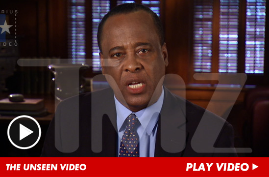 [IMG]http://ll-media.tmz.com/2012/06/22/062212-conrad-murray-launch-1.jpg[/IMG]