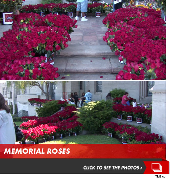 0625_michael_jackson_memorial_roses_launch
