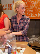 Kellie Pickler Shares Her Two Passions: Hungry Kids and Her Husband