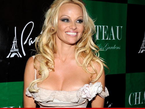 0627_pam_anderson_atw_tmz_getty