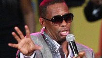 R. Kelly Cancels Event -- 'Health Emergency'