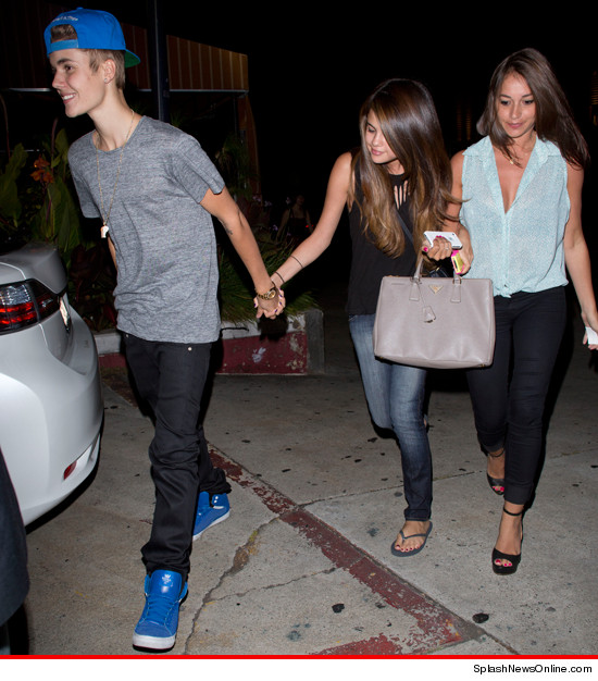 Justin Bieber and Selena Gomez went out TOGETHER in L.A. last night