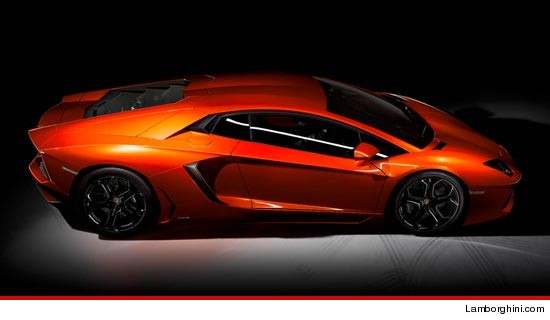 0708_Lamborghini_sub_-Lamborghini-com
