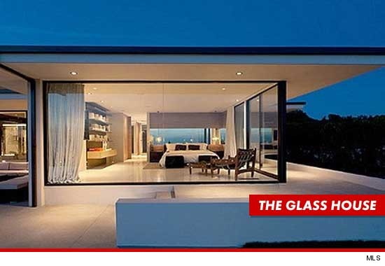 0711_vera_wang_glasshouse