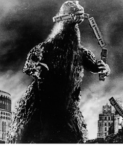 Comic-Con: Warner Bros. Surprises with &quot;Godzilla&quot; 