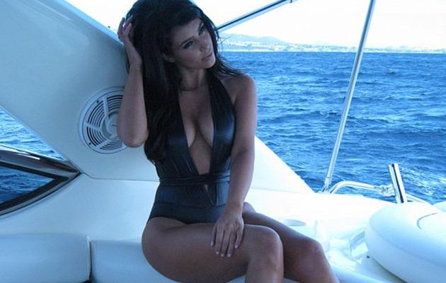 Kim Kardashian Shares Sexy Swimsuit Pics from Miami!