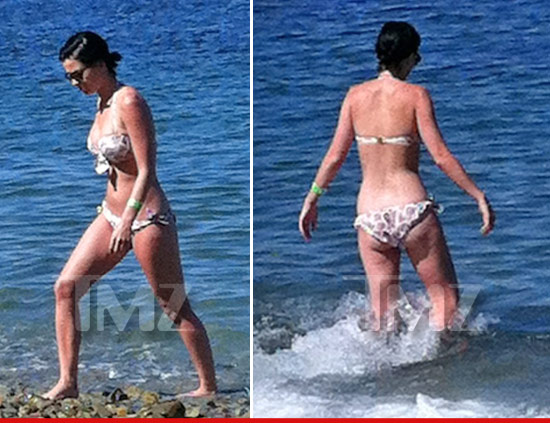 0718_katy_perry_catalina_bikini_v2