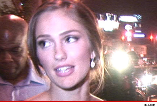 0720_minka_kelly_tmz_article