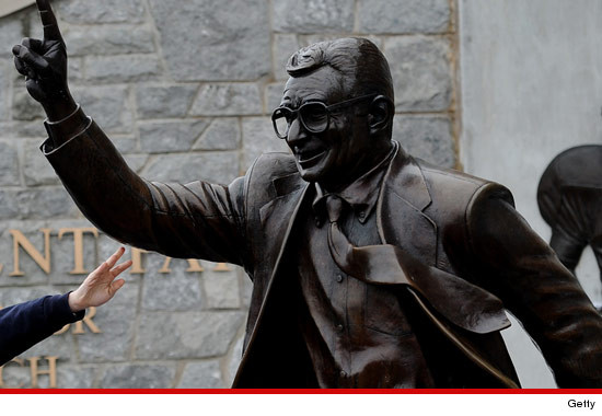 0722_paterno_statue_getty