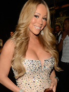 Mariah Carey Shares Adorable Pic with Her Twins!