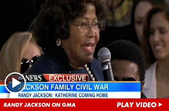 15 Recapitulación - La Familia Jackson - Página 8 072512-jackson-gma-launch-v2-1
