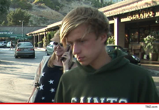 0727_conrad_hilton_jr_tmz_article