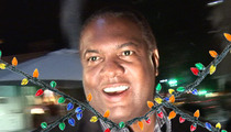 'Best Damn Sports Show' Host -- Strangled By $4,000 Christmas Lights Bill
