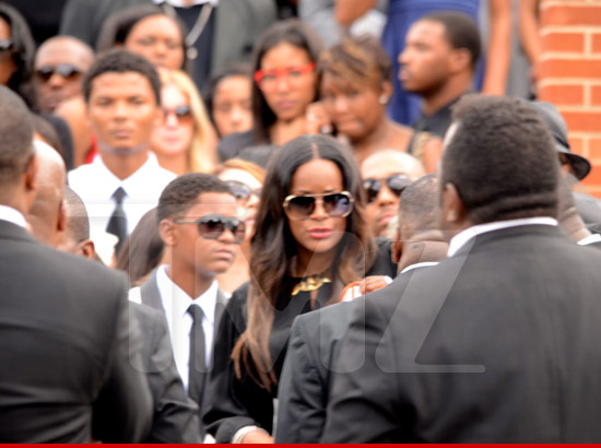 0727_usher_tameka_funeral_tmz
