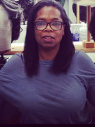 Oprah Winfrey Shares No-Makeup Photo!