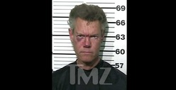 Cops: Randy Travis Threatened to SHOOT, KILL Troopers