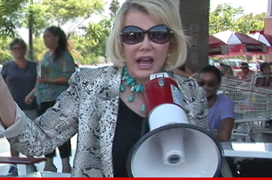 0808_joan_rivers_costco