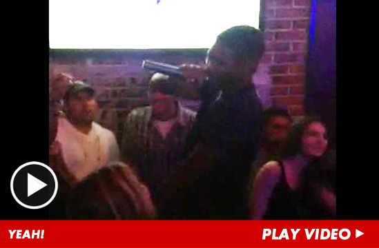 http://ll-media.tmz.com/2012/08/08/080812-usher-launch-1.jpg