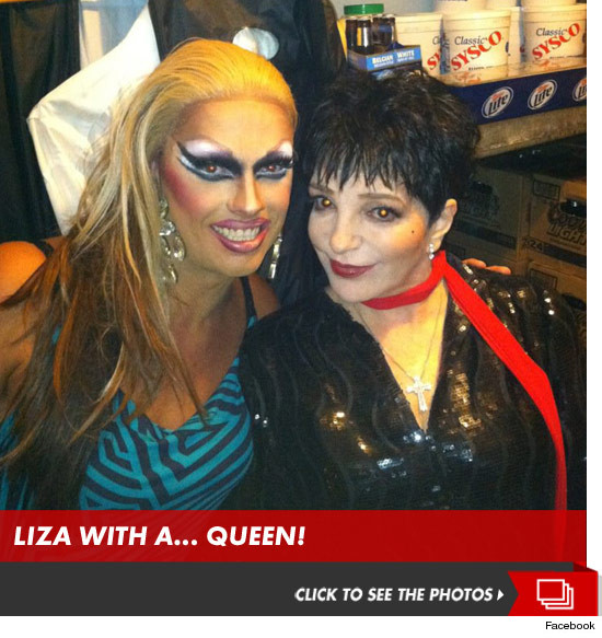 0810_liza_drag_queen_launch