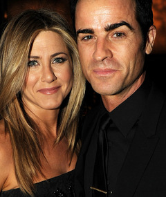 Jennifer Aniston Engaged to Justin Theroux!