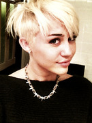 Miley Cyrus -- See Her Drastic, Short New &#039;Do!