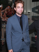 Robert Pattinson Hits First Red Carpet Post-Cheating Scandal -- And Looks Good!