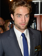 Robert Pattinson on Post-Split Rumors: It's Weird!