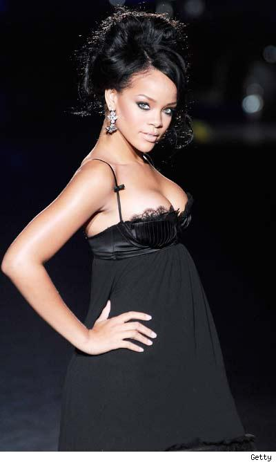 0928_rihanna_getty-1