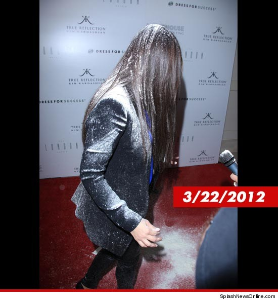 0815_kardashian_flower_bombed_splash_2