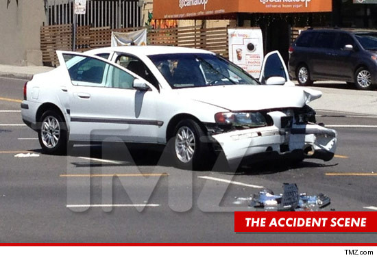 0815_mayim_bailik_article_car_accident_scene_tmz