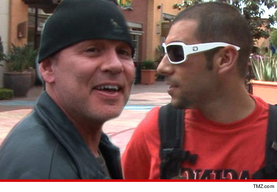 0816_doug_huchitson_richie_tmz_article