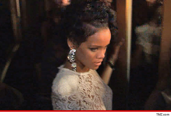 0817_rihanna_article_tmz