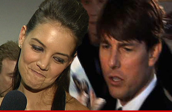 0823_katie_holmes_tom_cruise_tmz_ipad
