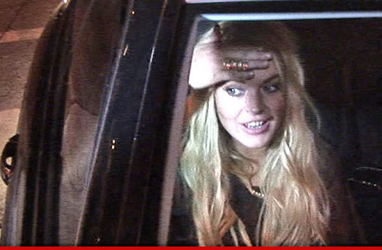 0824-lindsay-lohan-tmz-1-1