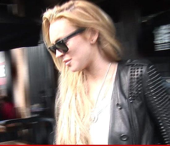 0827_lindsay_lohan_article_4_large