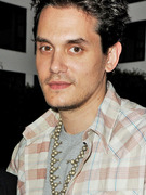 John Mayer Finally Cuts Off the Long Hair!